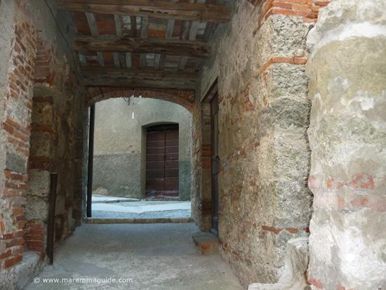 Prata castle in Maremma: Castello di Prata