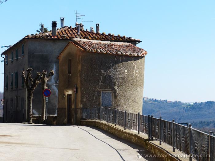 Prata medieval city wall tower
