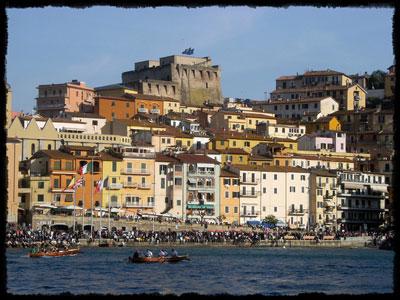 Palios in Maremma: Regata di Primavera, Porto Santo Stefano - a rowing boat race