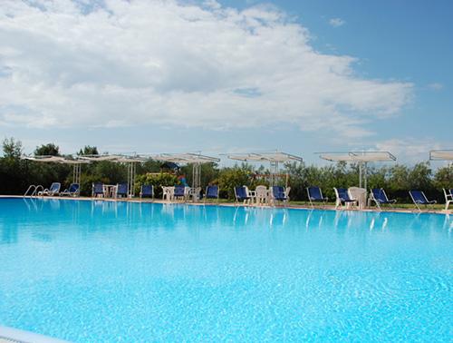 Residence Piombino: Hotel Borgo degli Olivi