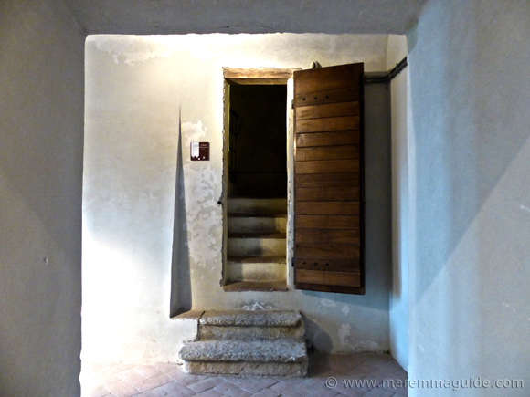 Capalbio castle: entrance door to the tower.