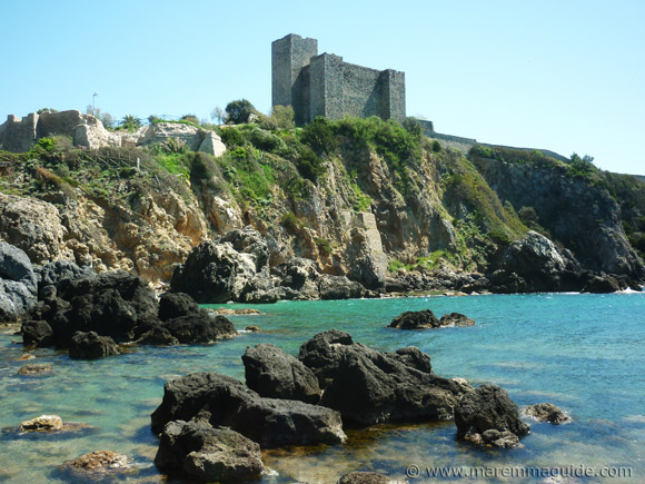View of the Rocca Aldobrandesca from the Bagno delle Donne beach in Talamone.