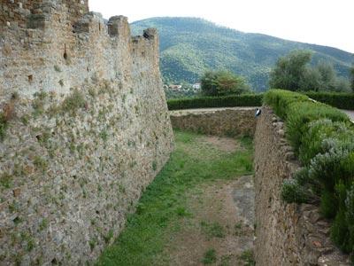 La Rocca Pisana: Scarlino Castle, Maremma Italy