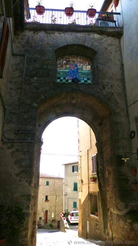 Porta di Borgo Roccastrada