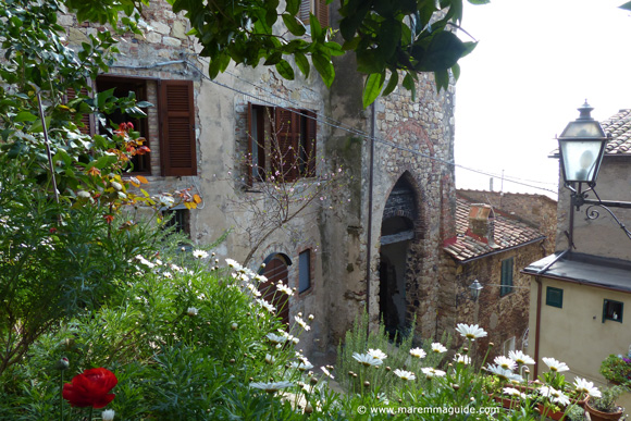 Romantic places to stay Tuscany