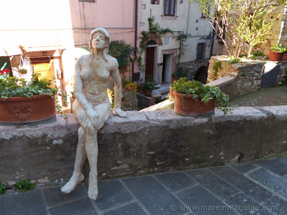 Nude woman sculpture in Sassetta Tuscany