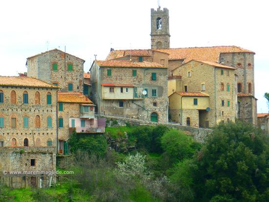 Sasso Pisano Tuscany hill town