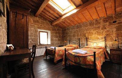 Tuscany country farm accommodation Sorano Maremma Italy