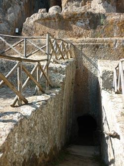 Sovana Etruscan tomb Ildebranda