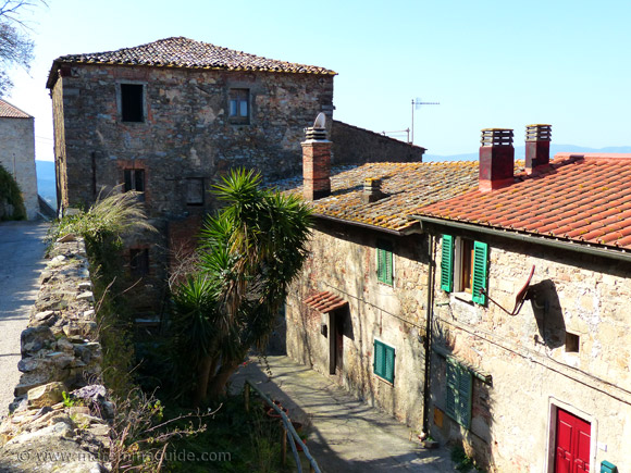 Sticciano property for sale Tuscany