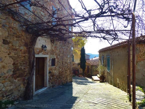 Sticciano: Via Piccolomini