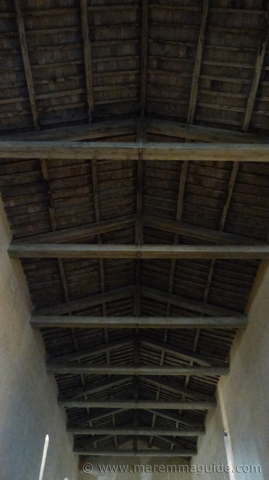 Pieve di San Giusto: roof constructed in 1189.