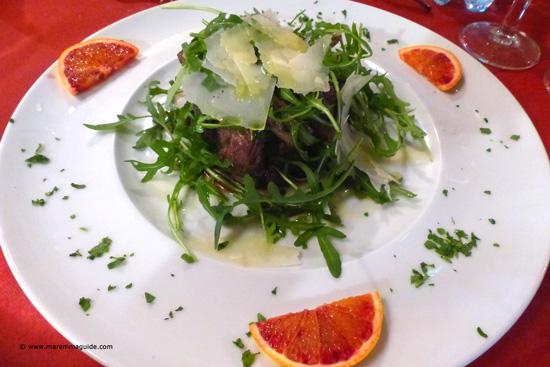 Tagliata Rucola e Parmigiano - sliced Tuscan steak with rucola and Parmesan cheese