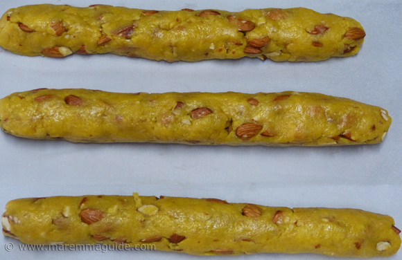 Cooking classes Tuscany Italy: making Italian biscotti