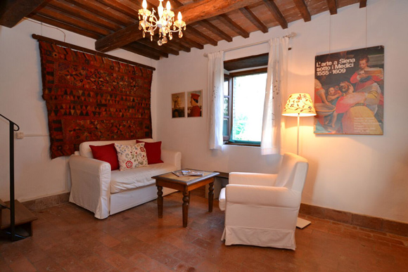 Maremma cottage for sale: living room.
