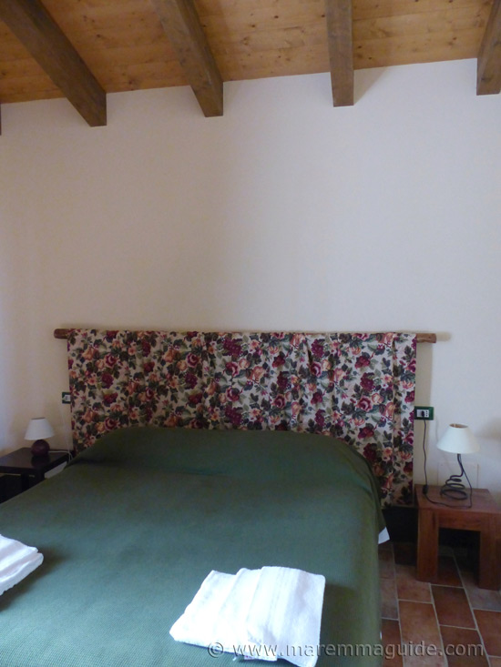 Poggio La Croce Scarlino: cottage bedroom.