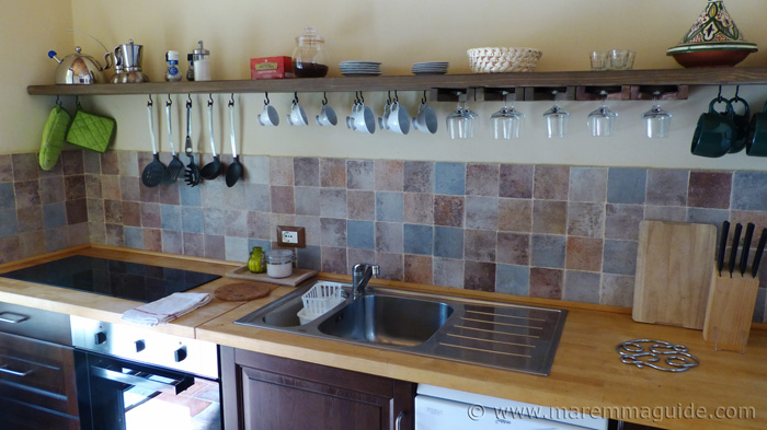 Maremma holiday accommodation: cottage kitchen.