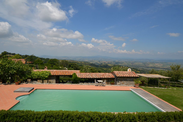 Maremma Tuscany farmhouse for sale with a swimming pool with a view.