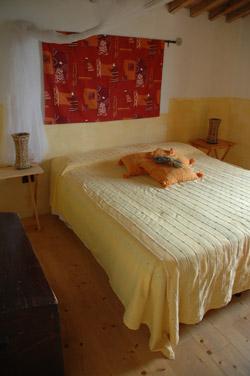 Tuscany holiday apartment: farmhouse holidays in Maremma Italy