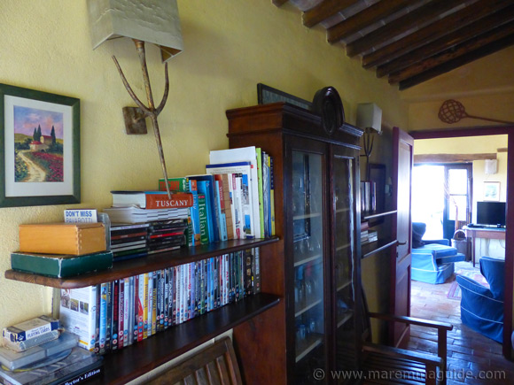 Corridor of Tuscany farmhouse for sale in Maremma