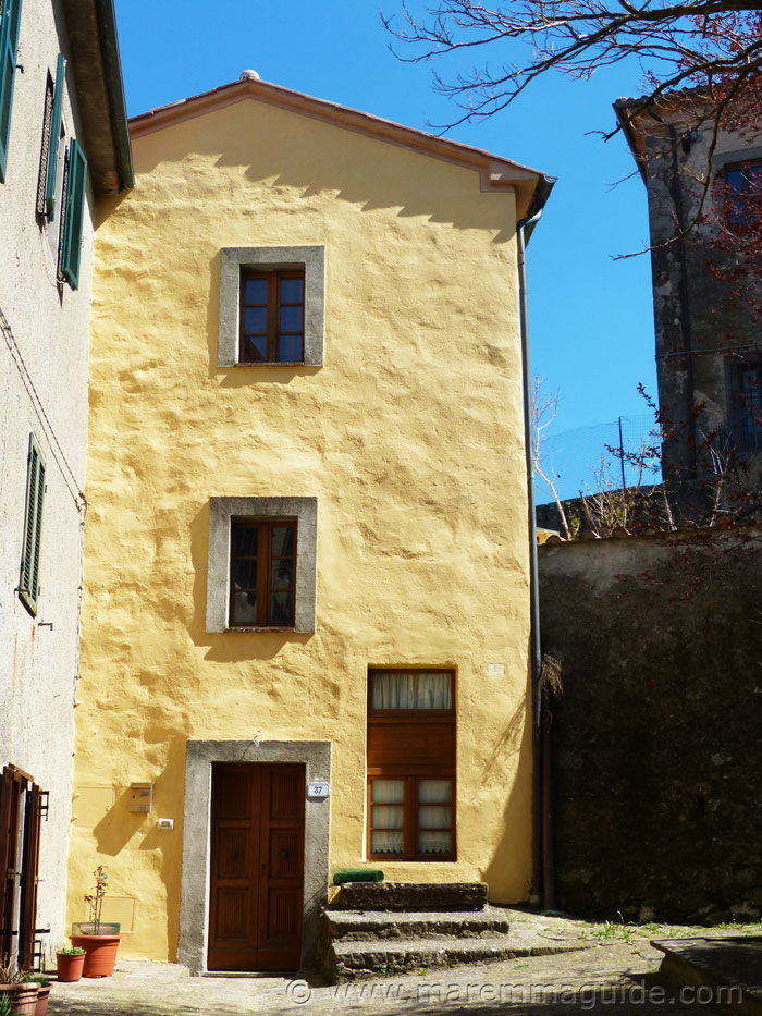 Tuscany castle tower for sale in Maremma.