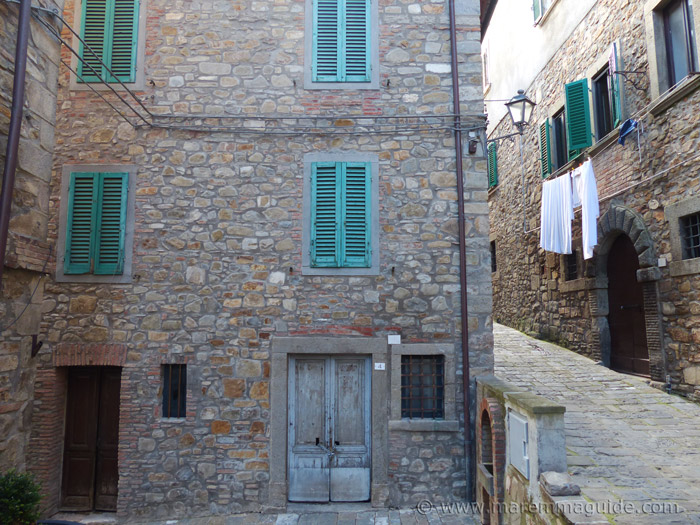 Tuscany town house for sale in Maremma.