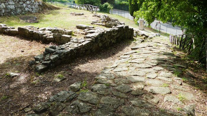 Etruscan road at Vetulonia.