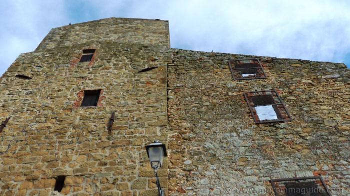 Vetulonia's 8th century castle.