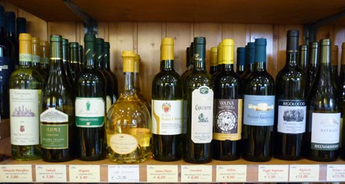 White Italian wine from Maremma Italy