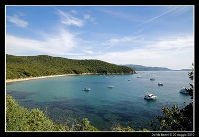 The best Italian beach Cala Violina: a public beach in Maremma, Italy