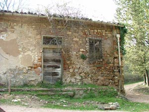 """The old """"Dispenser"""" building in Montioni, Maremma"""