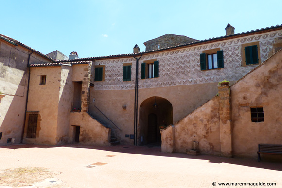 Maremma Sorano castle palace - Orsini fortress