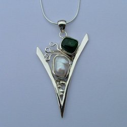 Green tourmaline jewelry: Italian jewelry designs
