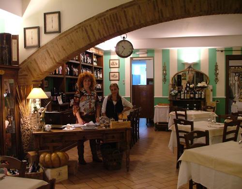 Maremma Restaurants: Ristorante Il Leccio, Cura Nuova, Maremma
