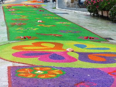 Infiorata di Pitigliano flower festival
