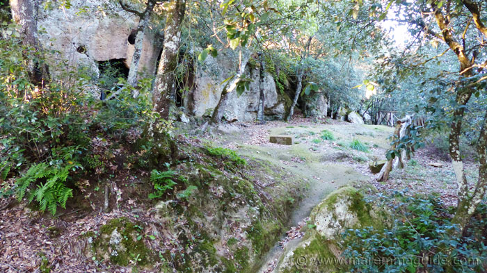 The ancient rock settlement at Sorano: the farm.