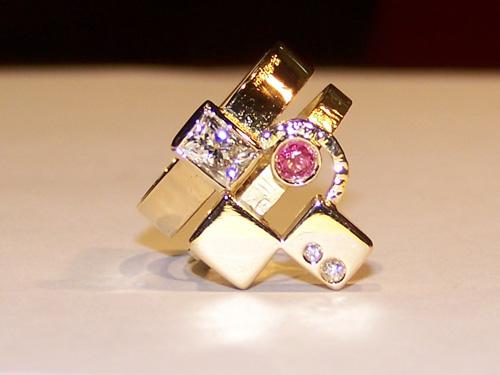 Handmade Italian gold jewellery from Maremma Italy