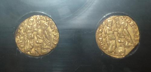 Lost gold treasures: gold coins treasure found in Maremma Tuscany Italy