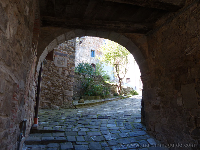 Via delle Mura Montelaterone Tuscany.