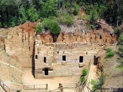 Grotte Necropolis Populonia