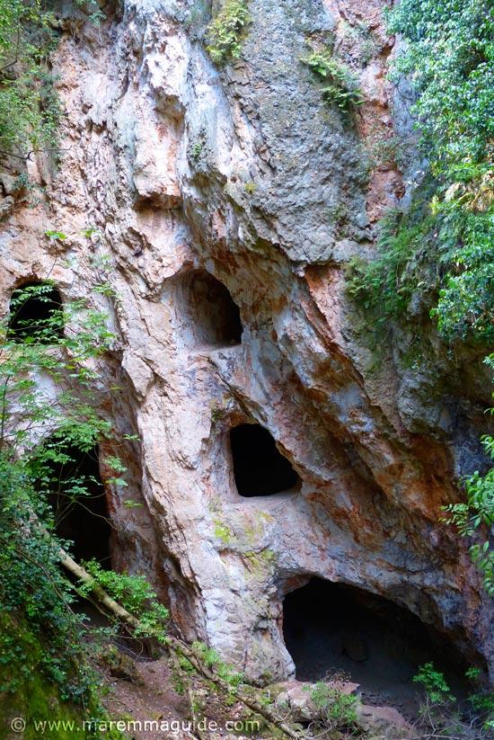 Parco Naturale di Montioni: alum mines