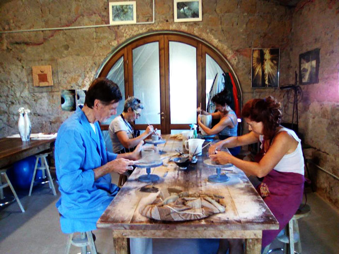 Pottery course in Tuscany Italy.