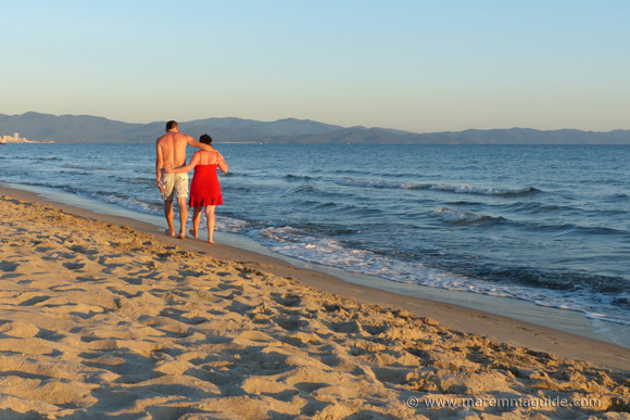Public beaches in Italy: the lovely Il Pino in Maremma Tuscany
