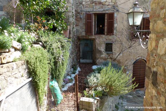 Romantic Tuscany accommodation in Maremma Italy