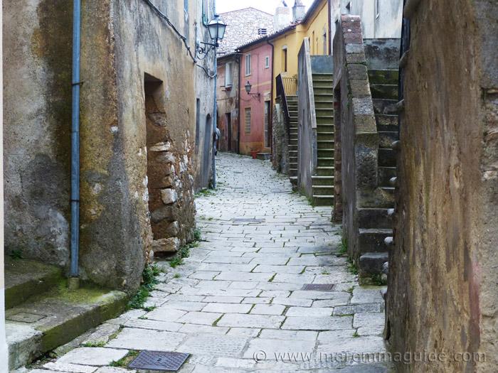 Semproniano medieval street
