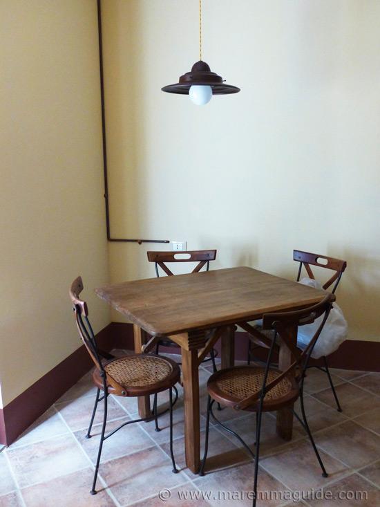 Tuscany kitchen cottage table.