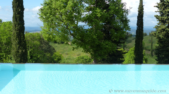 Tuscany cottages with pool.
