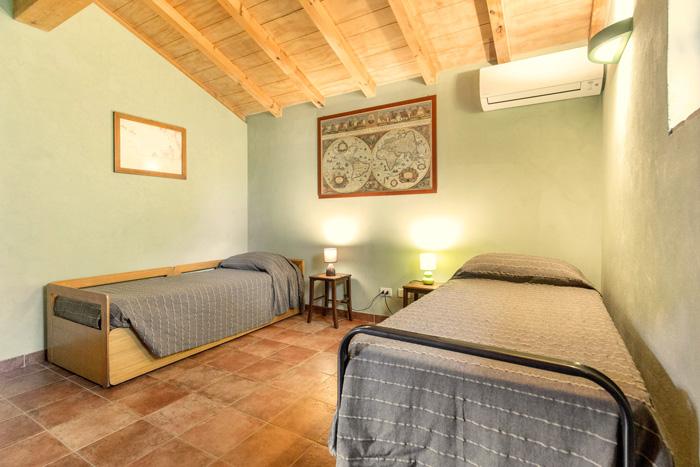 Old Tuscany cottage bedroom.