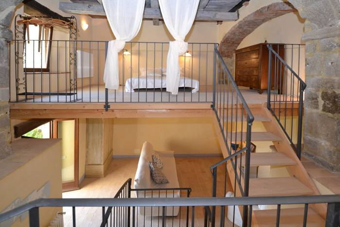 Tuscany loft apartment for sale in Italy.